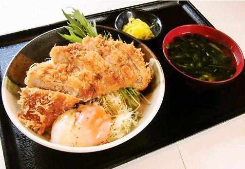 鳥取市のおすすめグルメ かつ丼